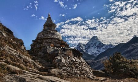 Stupa Ama Damiam - Everest