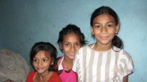 Usha et ses deux soeurs