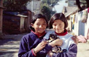 Laxmi et Sarita, enfants