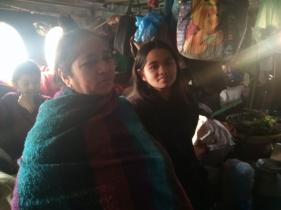 Samjhana 2021 avec sa mère et son frère