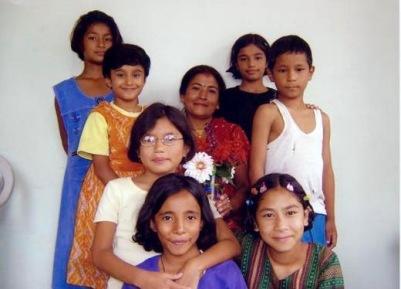 Anga 2004 (à droite)