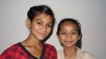 Usha et Samjhana 2014