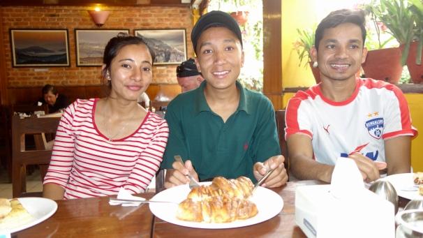 Anand, Jyoti et Shree, 2018