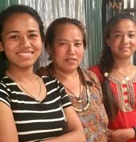 Junmaya, Sunmaya with their aunt May 2019